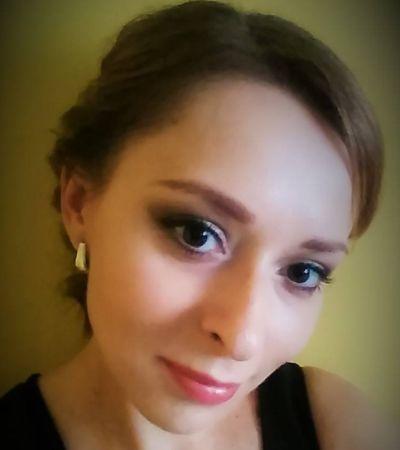 Stef Snakova